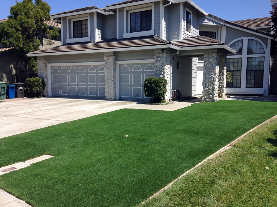 Installing artificial grass adrian michigan landscaping for Landscape design canada